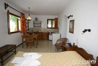 polymnia pandora skiathos apartments-06